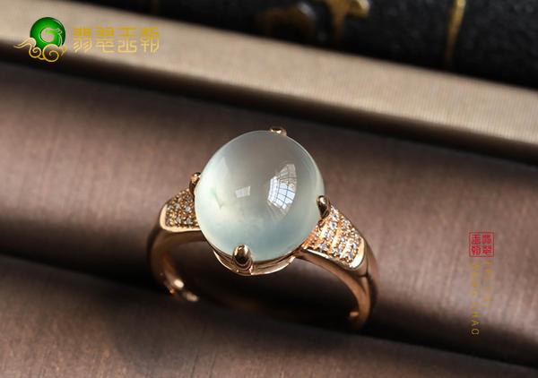 冰种晴水翡翠镶嵌戒指收藏应该更注重哪些方面