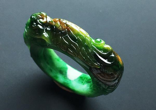 糯冰种黄加绿翡翠戒指收藏必知的专业术语知识