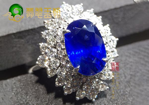 克什米尔蓝宝石一克拉多少钱?怎样挑选蓝宝石?