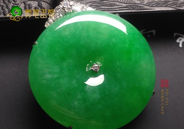 冰种满绿翡翠平安扣挂件送给给小孩有什么禁忌