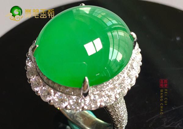 冰种阳绿翡翠镶嵌戒指保养时清洗的步骤介绍