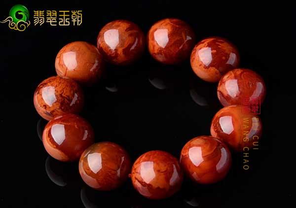 南红火焰红珠串手链怎么挑选购买,收藏价值如何?