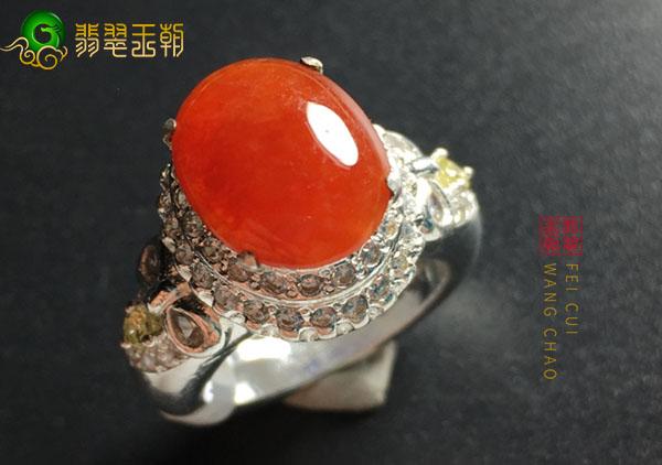 冰种翡翠红翡戒指怎么挑选购买,怎么鉴定红翡是否烧色?