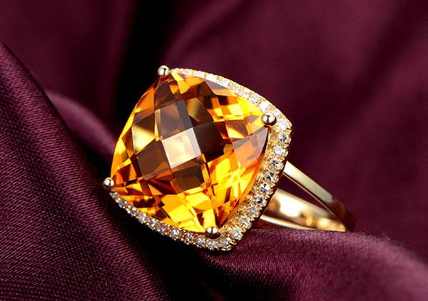 黄水晶戒指怎么才能选购高性价比的?黄水晶戒面怎么选购?