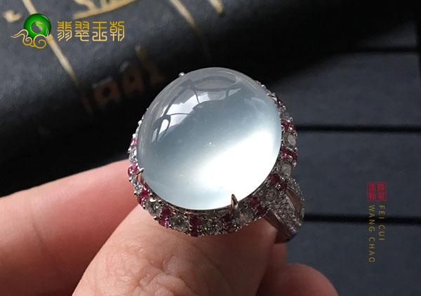 冰种晴水翡翠戒指种质好坏可通过晶体结合方式看