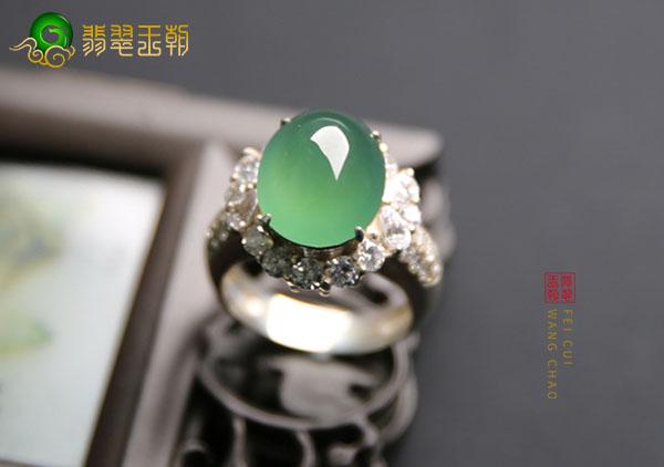 冰种晴水翡翠镶嵌戒指叠加佩戴这样戴才会旺