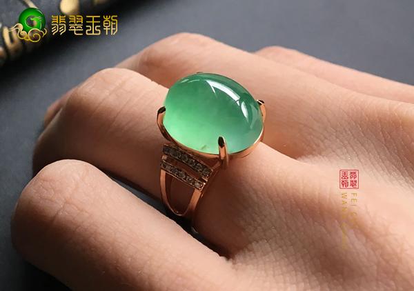冰种晴水翡翠戒指不同手指佩戴的都有什么寓意
