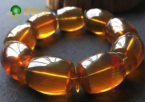 缅甸紫罗兰琥珀与棕红珀的异同及辨别