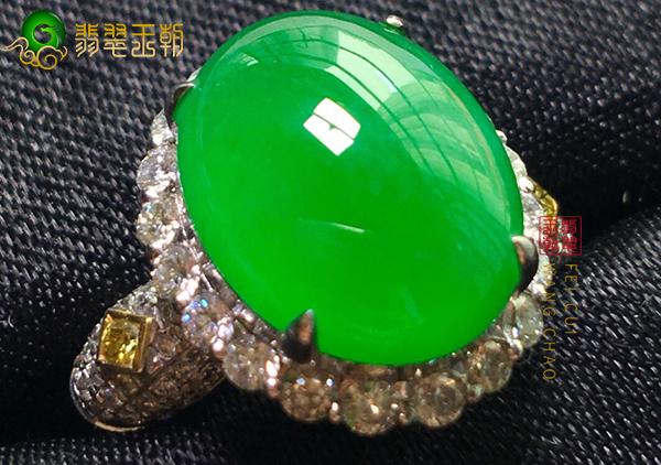 冰种满绿翡翠镶嵌戒面要怎么挑选购买呢?