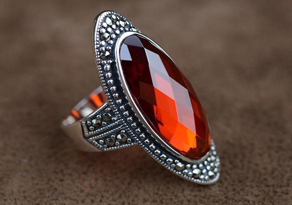 红宝石与红锆石之间的区别方法有哪些呢?
