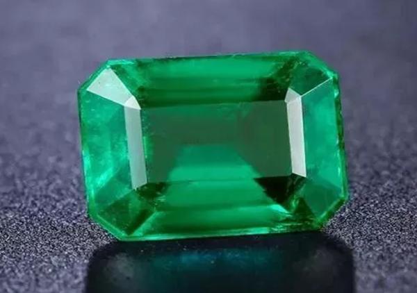 天然祖母绿宝石在收藏时要注意哪些问题呢?