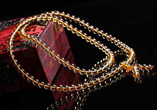 众多水晶珠串中有哪些晶石种类具有招财功效呢?