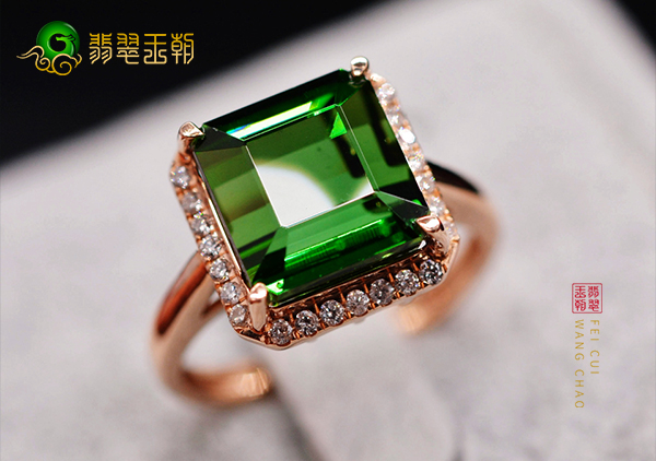 碧玺中不同颜色的珠宝首饰哪几种的收藏价值高?