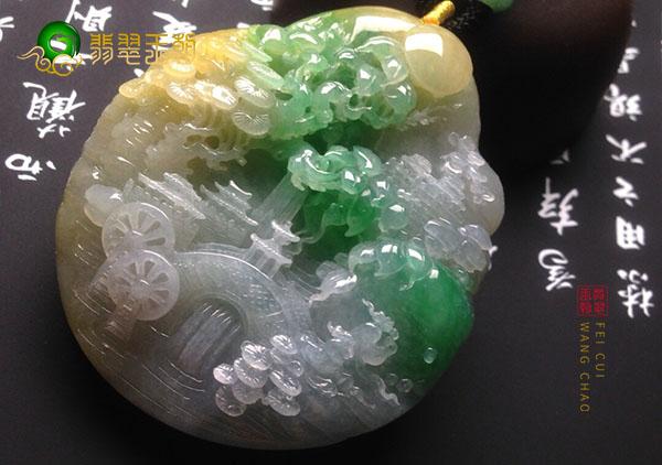 黄加绿翡翠雕刻件的升值保值空间如何呢?