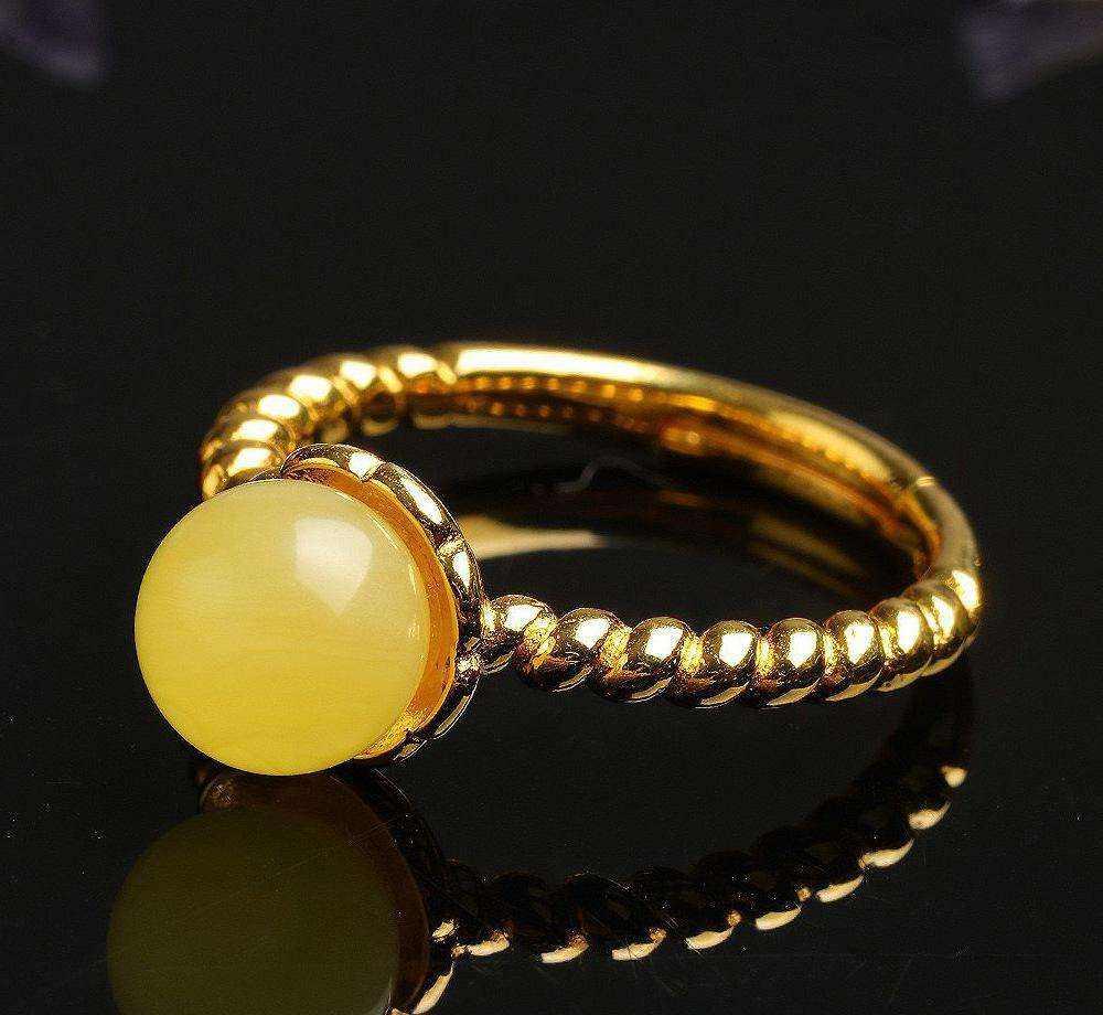 天然蜜蜡戒指怎么挑?蜜蜡戒指选购技巧教学