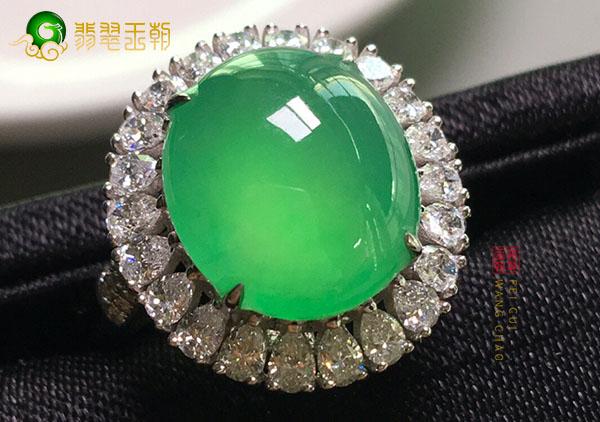 网购冰种晴水翡翠戒面镶嵌戒指的三大注意事项!