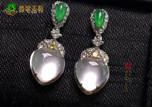 玻璃种无色翡翠镶嵌耳饰一般多少钱?