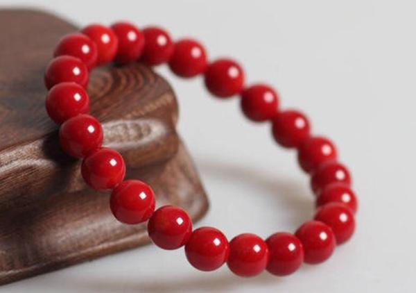 珊瑚珠串手链的价格怎么样?一般多少钱才能买到?