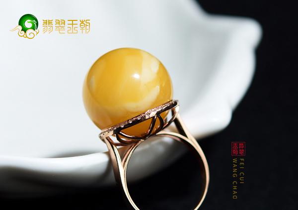 【琥珀蜜蜡蛋面】琥珀蜜蜡戒面镶嵌戒指多少钱?