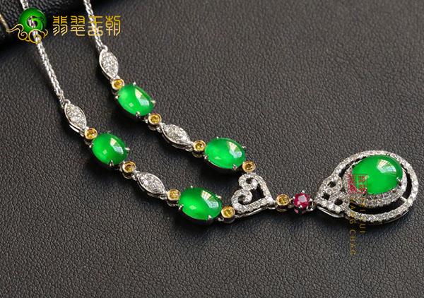 【翡翠项链】冰种阳绿翡翠项链鲜为人知的寓意