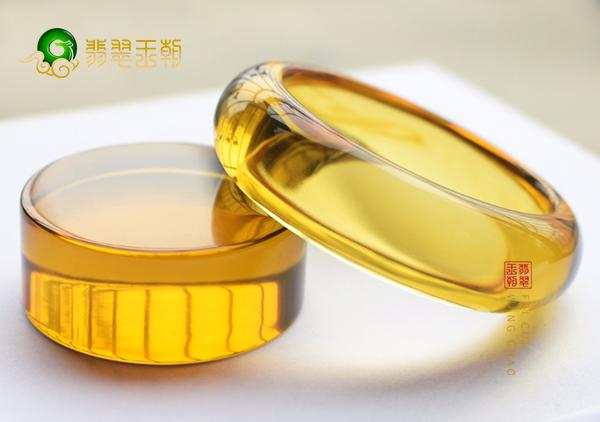 【金色琥珀】高品质金珀我们应该如何挑选?