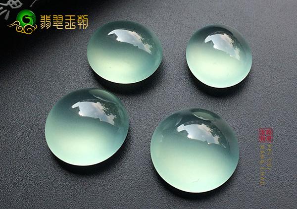 冰种晴水色翡翠戒面镶戒指戴不同手指的含义