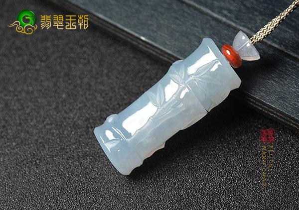 冰种淡晴水竹节翡翠挂件还能作为香囊随身带