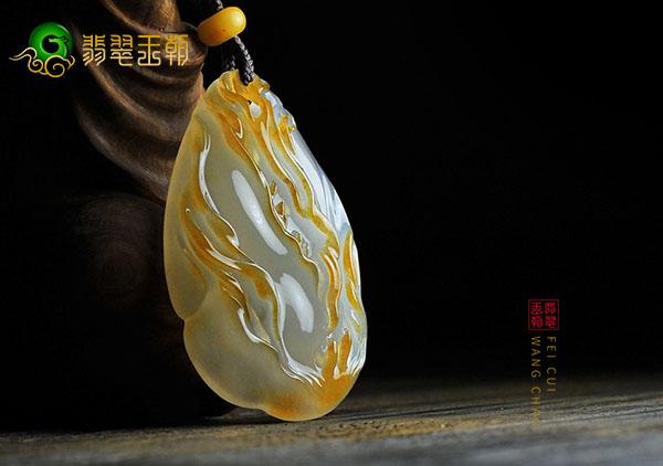 【红黄翡翠】红黄翡翠玉雕作品中的俏色雕刻
