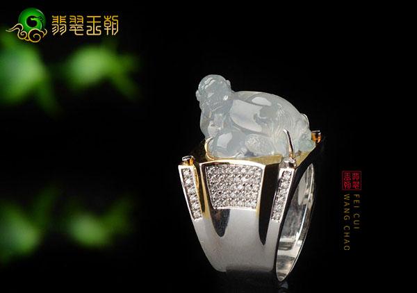 冰种无色龙龟翡翠戒面镶嵌戒指适合哪个属相