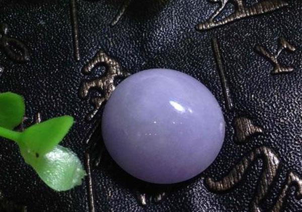糯种紫罗兰翡翠戒面挑选收藏价值具有的魅力