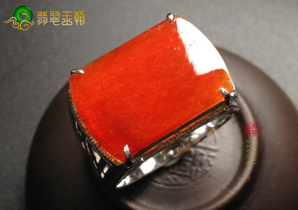冰种红色翡翠戒面镶嵌戒指如何有效鉴别真假