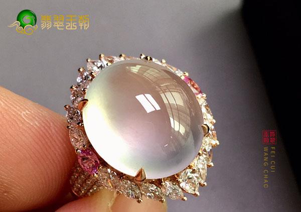 冰种无色翡翠镶嵌戒指的真假辨别证书很关键