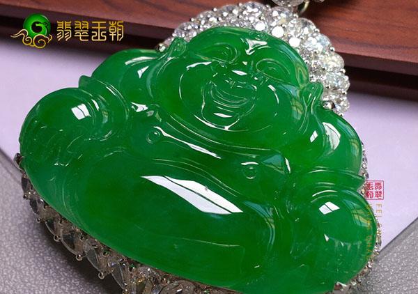 冰种浓绿翡翠玉佛挂件常见的种类及挑选技巧