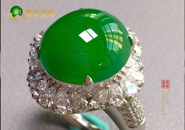 冰种满绿翡翠蛋面镶嵌戒指的种水居然可以调节